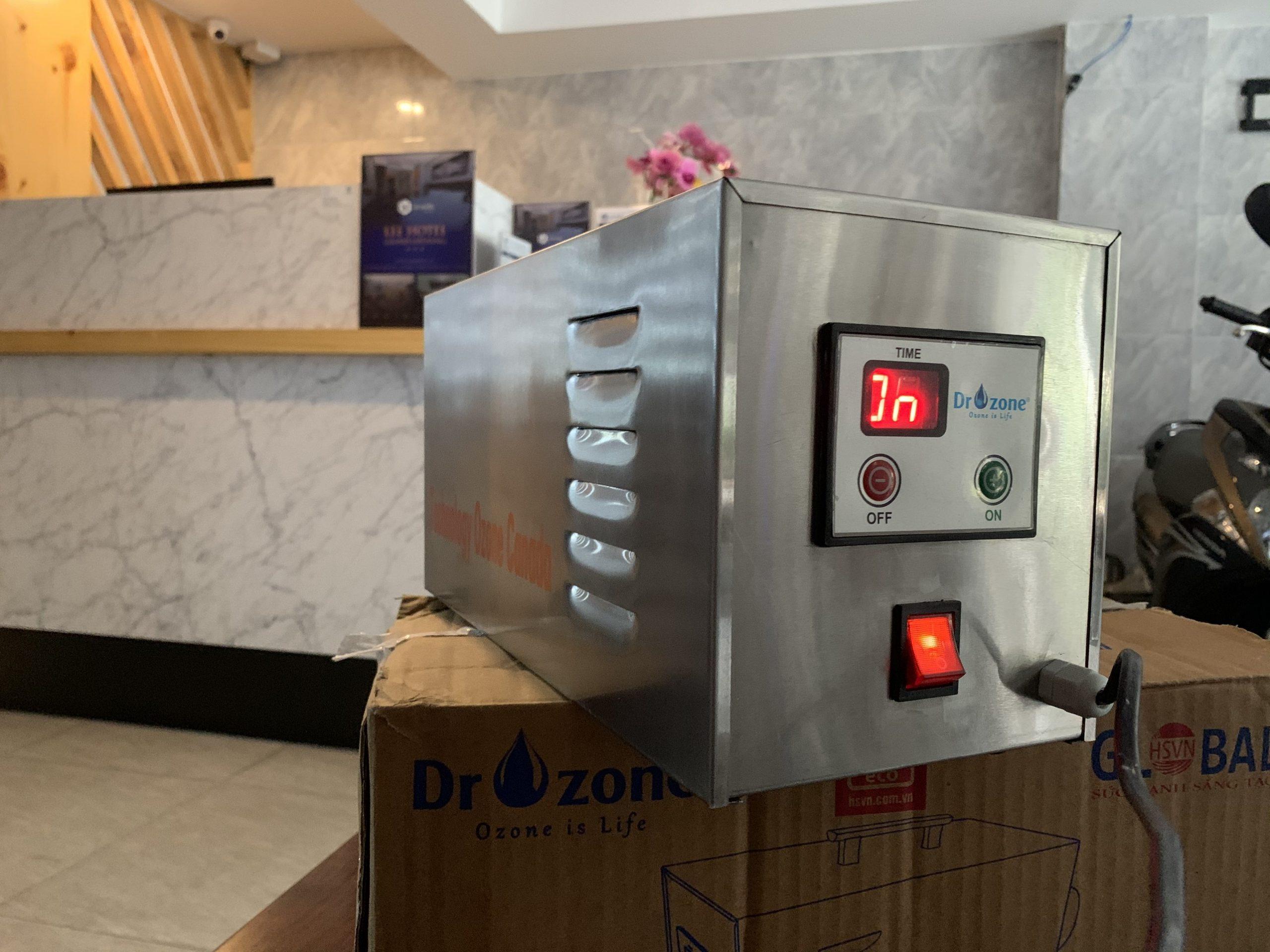 Máy khử mùi đa năng DrOzone Clean C5